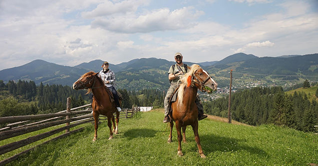 HORSE RIDING: INTERESTING, USEFUL AND CLOSE TO NATURE