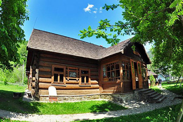 MUSEUMS OF VERHOVYNA: AMAZING UNIQUE CULTURE