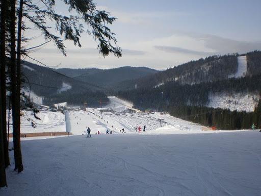 Отдых зимой в Карпатах, Верховель